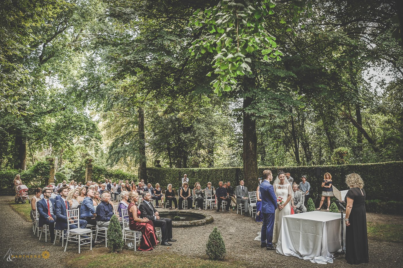 photography_weddings_villa_grabau_05.jpg