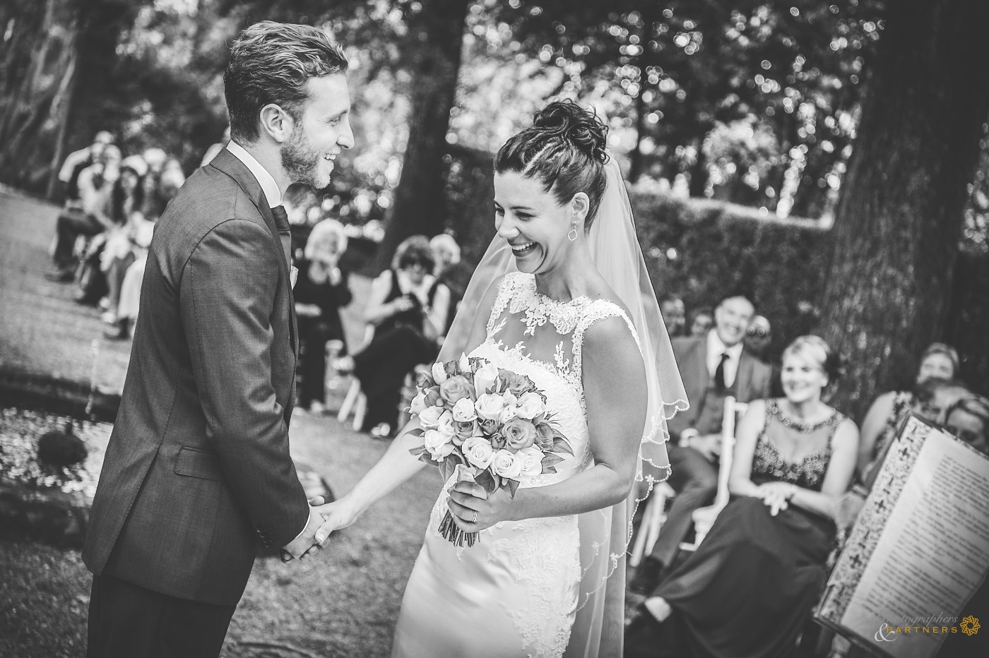 photography_weddings_villa_grabau_06.jpg