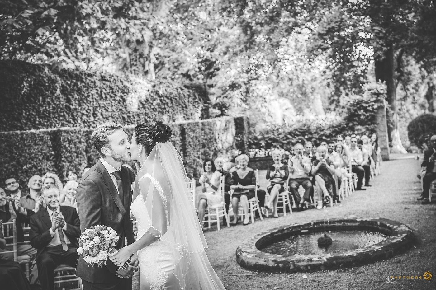photography_weddings_villa_grabau_07.jpg