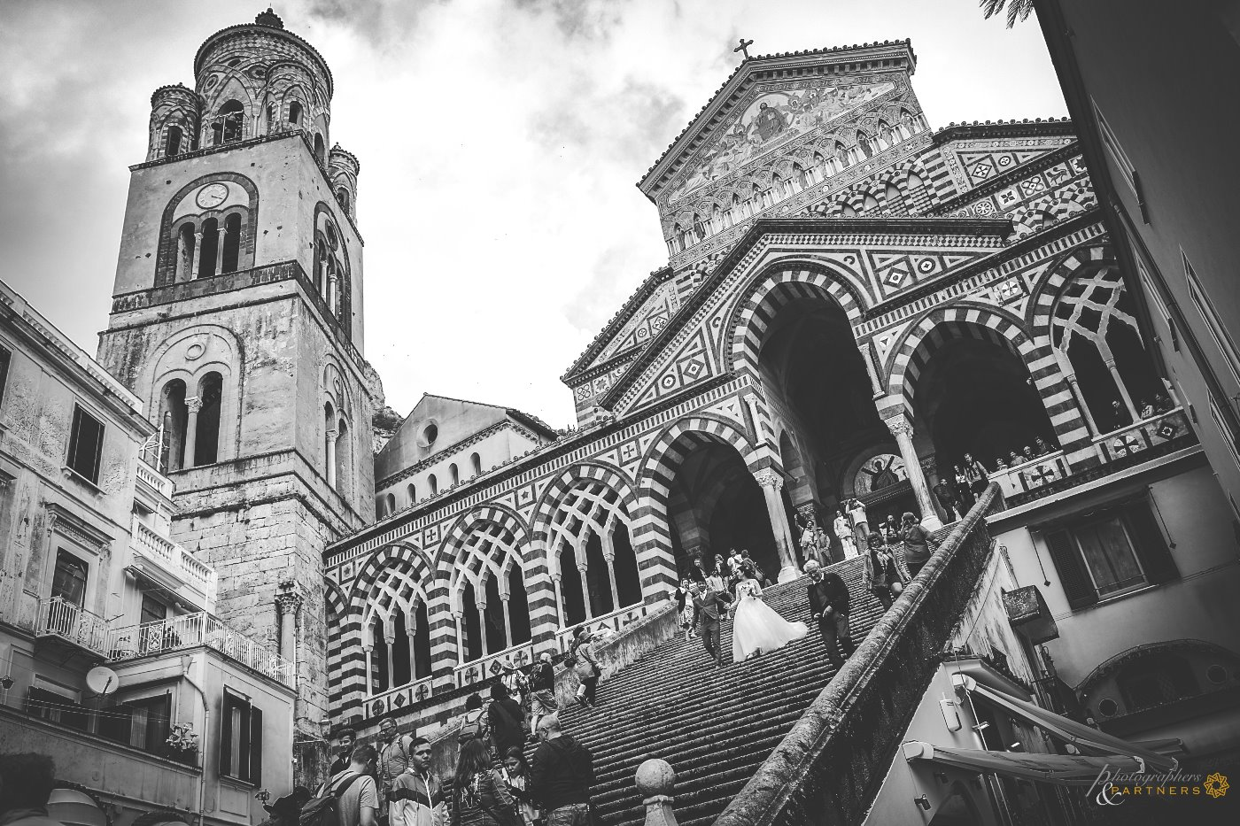 Up and down on the stairs of the Amalfi Cathedral 🎬