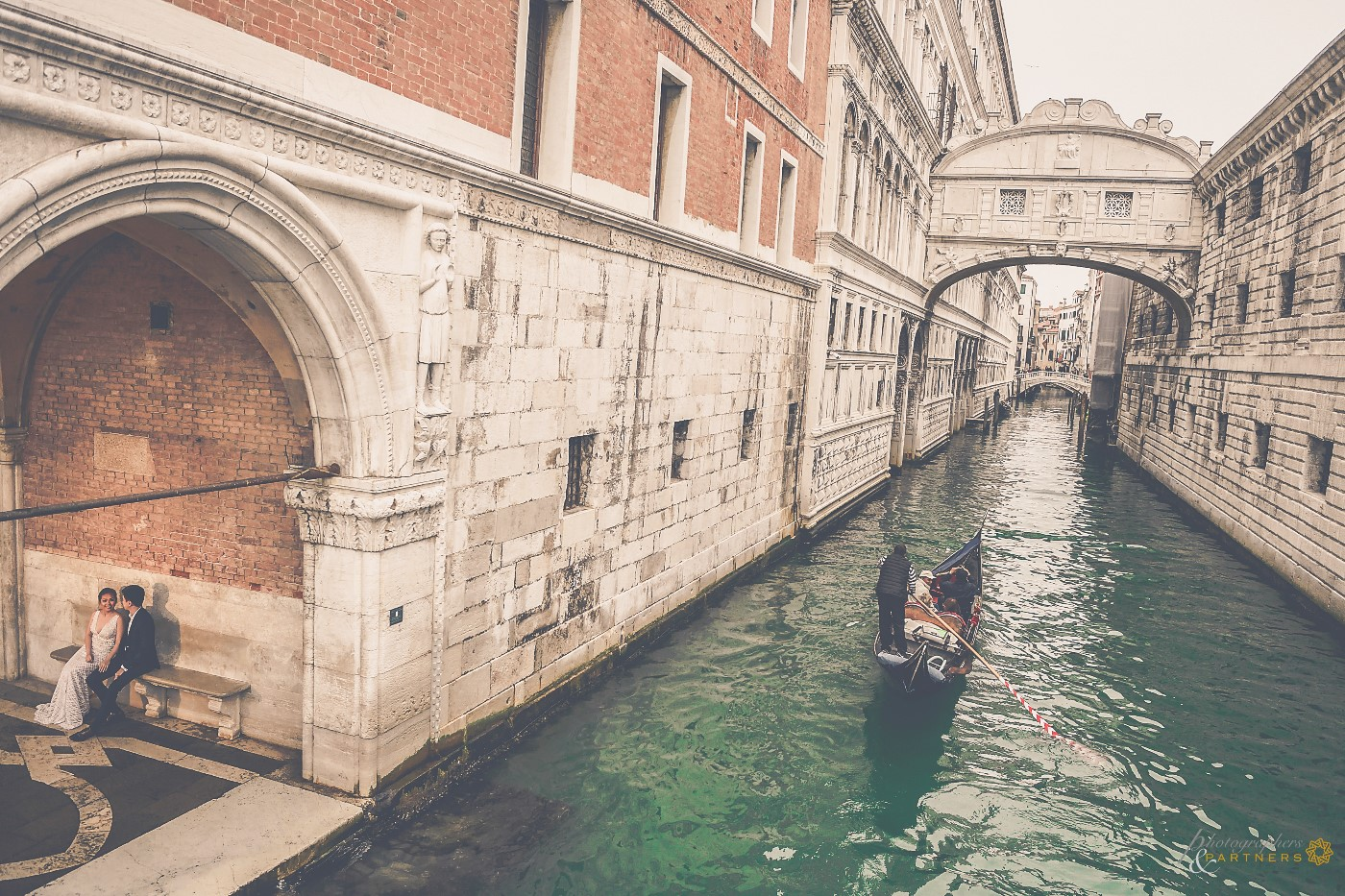 Near the Bridge of Sighs, spectacular view 🤩