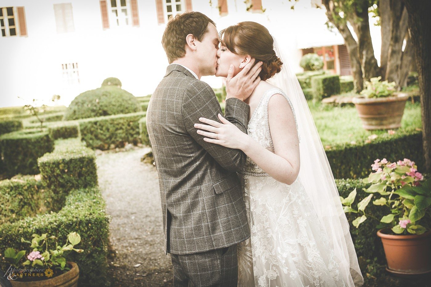 You can kiss the bride!