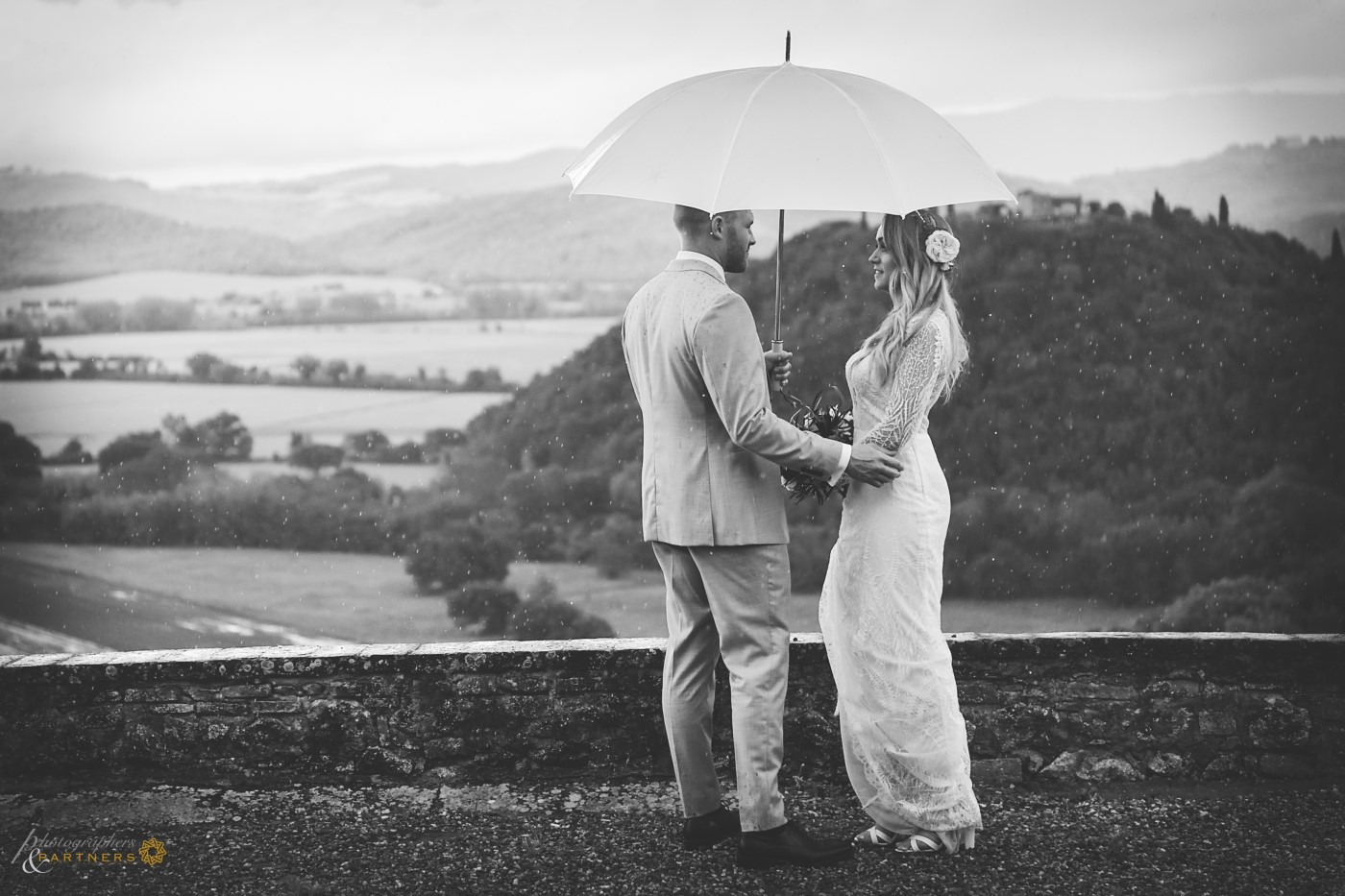 Even in the rain, the Tuscany is romantic.