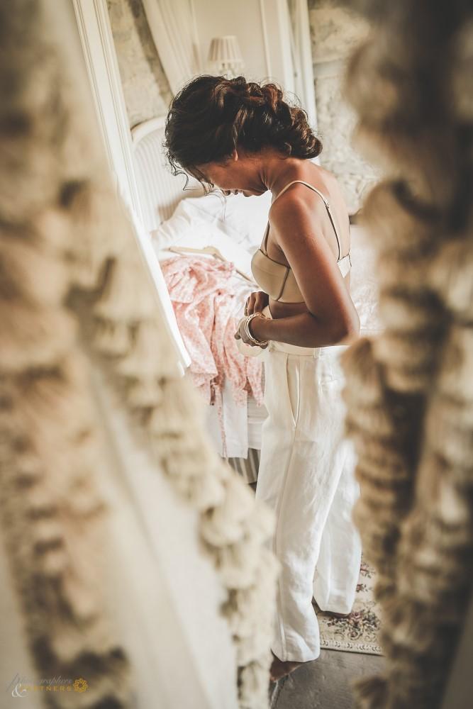 The wedding dress on.