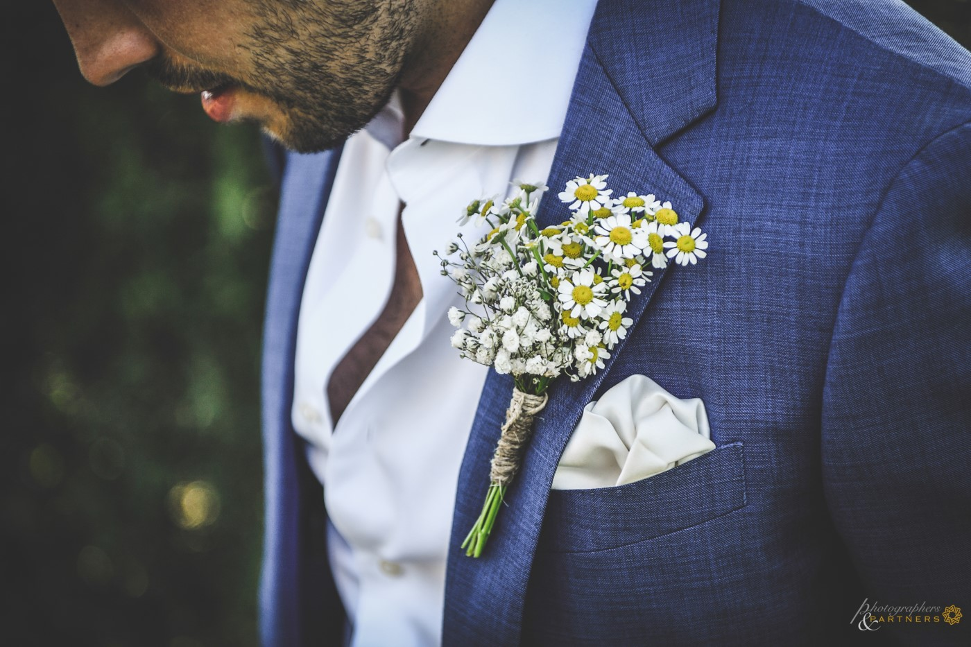 The groom's button flower.